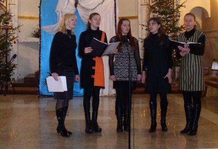 Студентки Вінницького музичного училища представляли парафію із Стрижавки