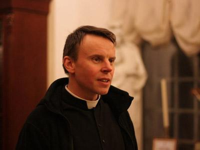 Отець Олег Сартаков