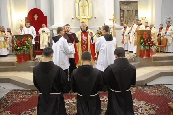 Францисканці2