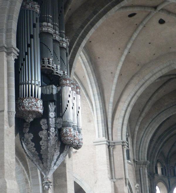 Трір, орган
