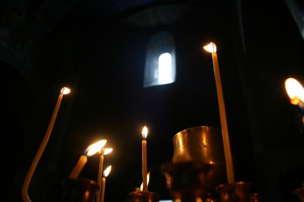 свічки у церкві
