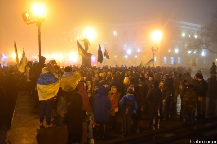 Одесити у День Соборності України запалили тисячі свічок