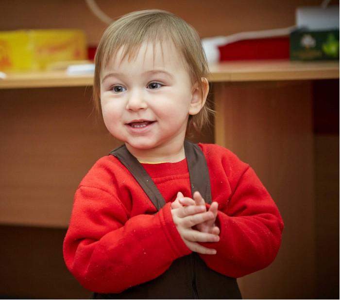 Дівчинка з Луганська у таборі для переселенців. Харків, січень 2015 року. ©UNICEF//Ukraine/2015/Pavel Yurkin