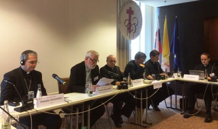 Братислава: юристи говорили про свободу та права людини