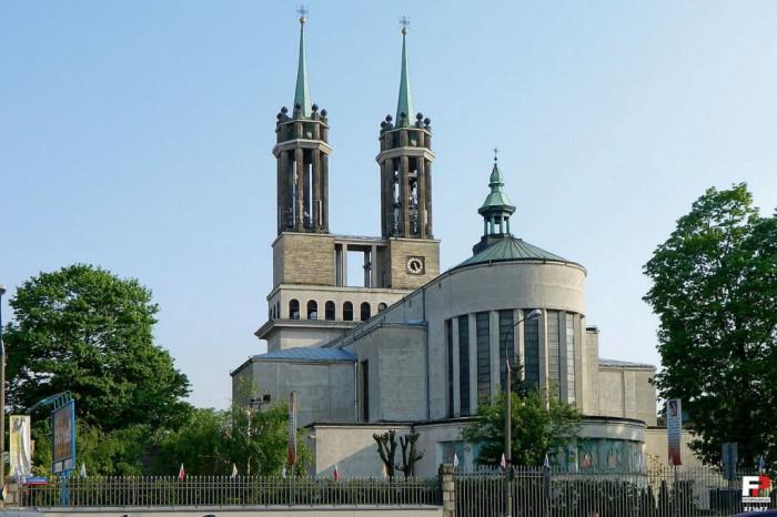 храм св. Костки