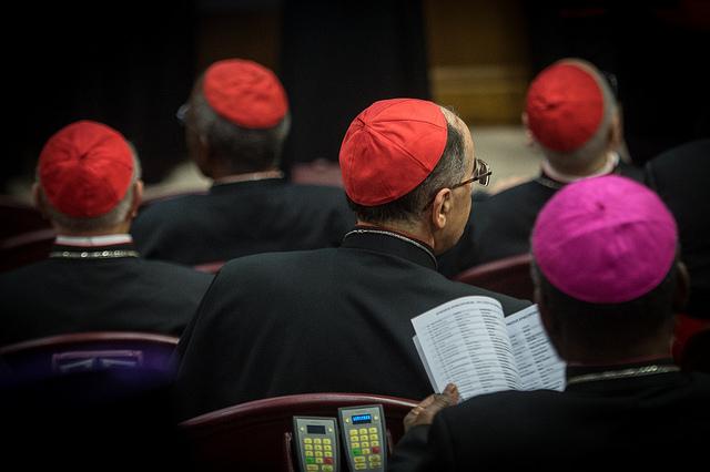 Синод єпископів