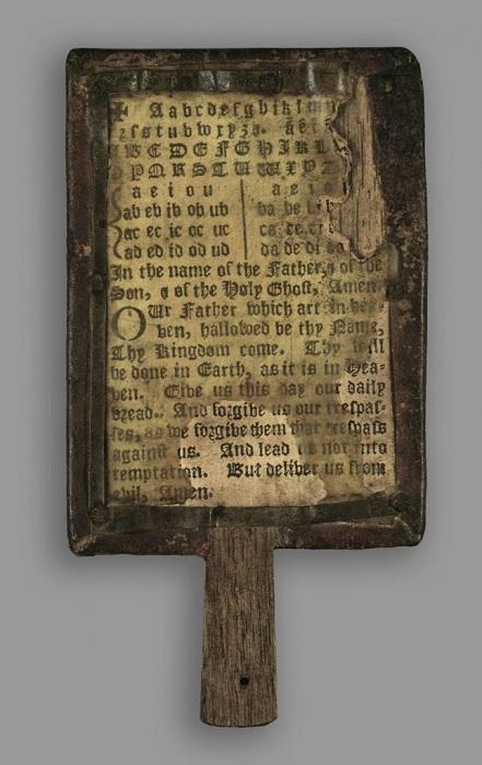 книжка на ніжці