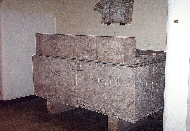 гробниця папи