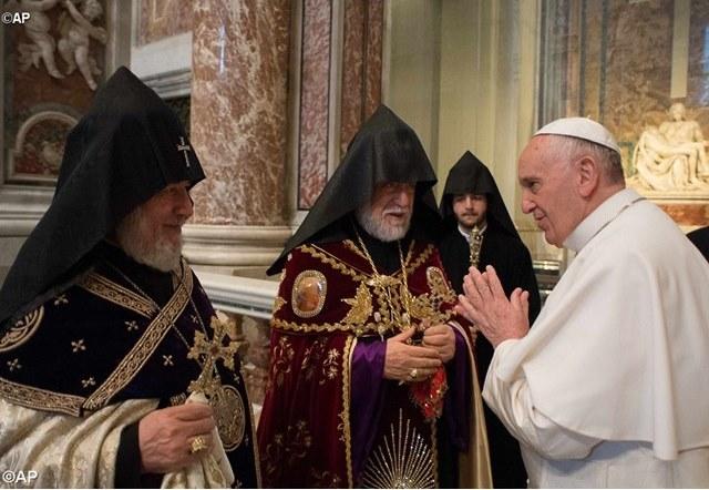 Папа і вірмени