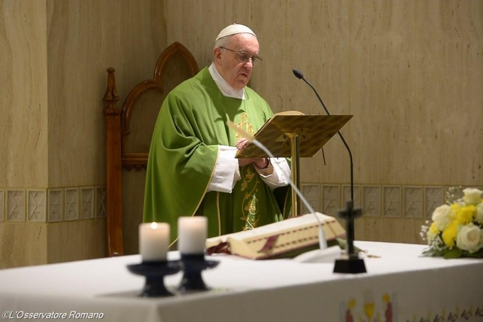 Папа Франциск. Ранішня Меса. Зелений орнат