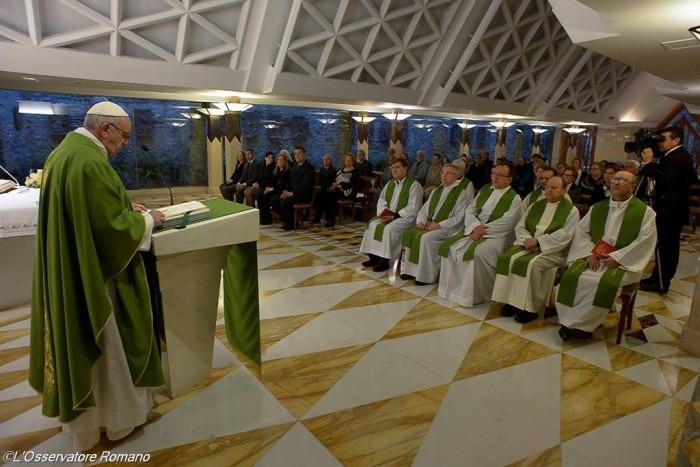 Папа Франциск. Ранішня Меса. Зелений орнат1