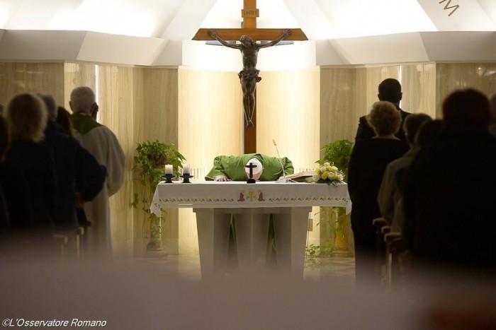 Папа Франциск. Ранішня Меса. Зелений орнат5
