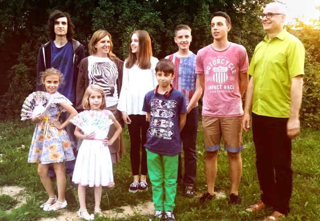 Яняки сім'я
