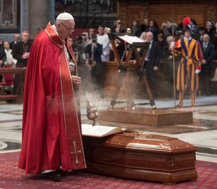 Похорон Джильберто Аґустоні