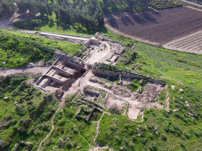 tel-lachish-gate-1