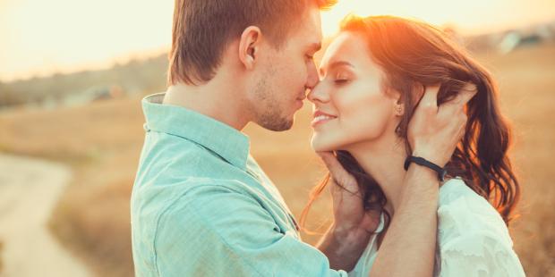 Стосунки: коли інтимність римується з духовністю | CREDO